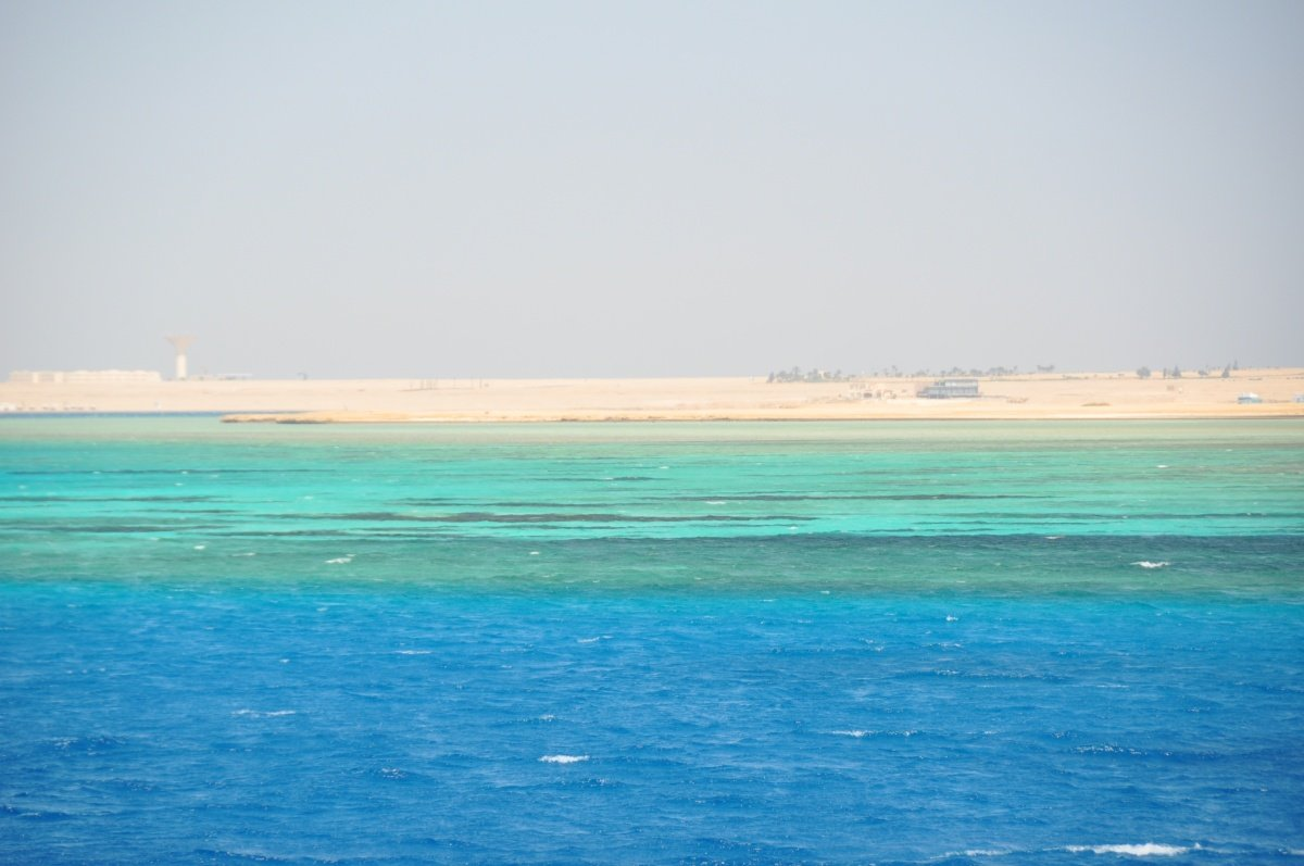 Utopia Island Snorkeling Trip 30 € - Best favorite sea trips in Hurghada