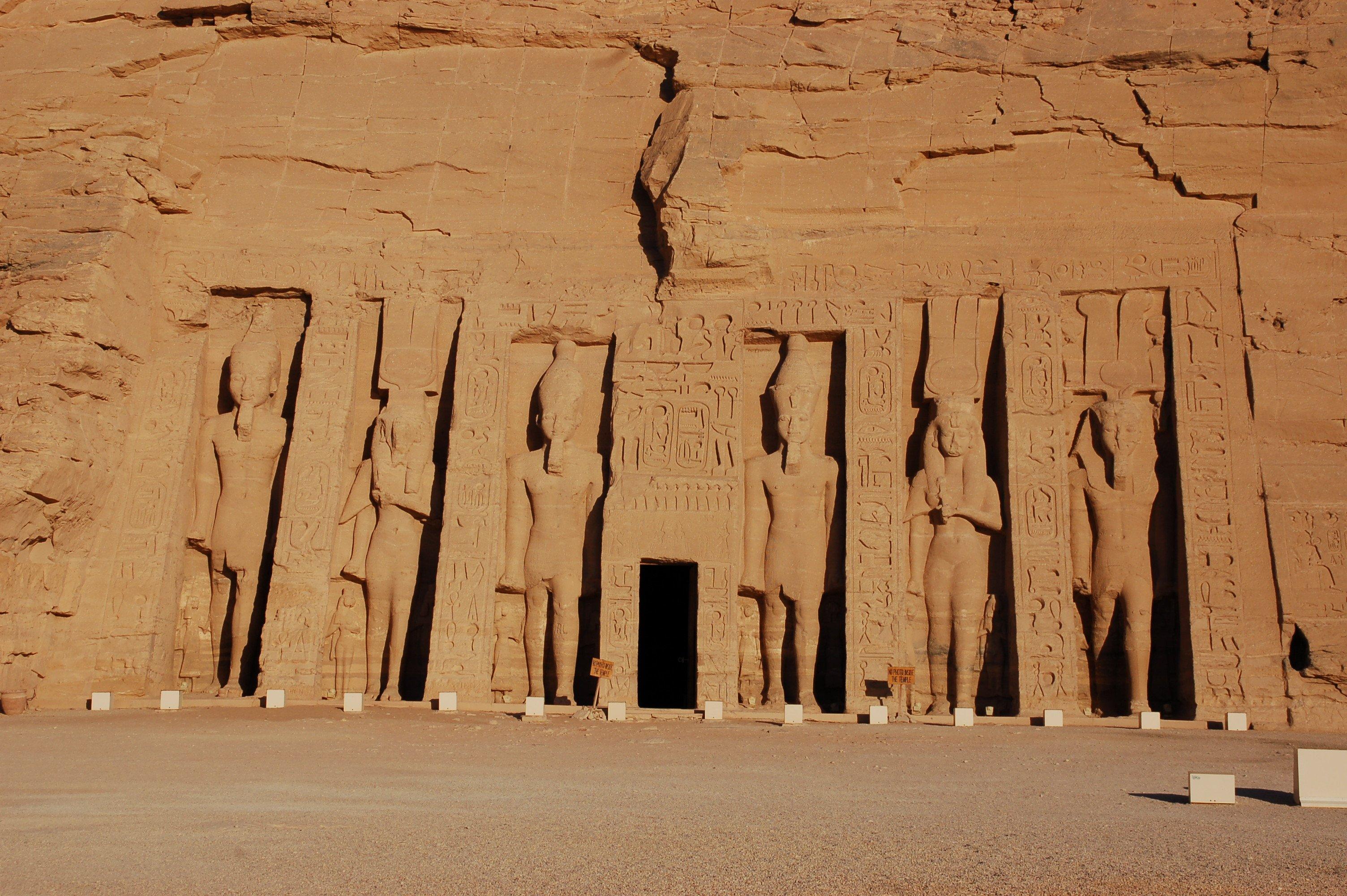 wycieczka do luksoru z hurghady, Asuanu i Abu Simble