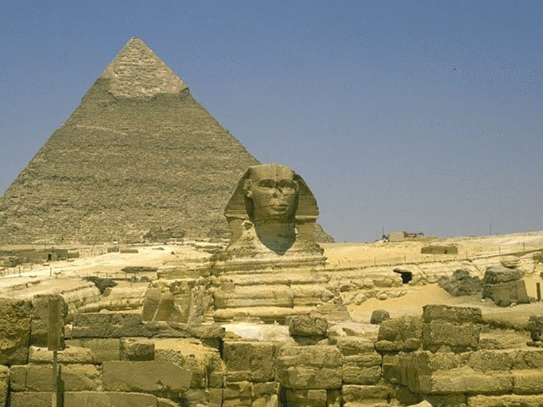 Sphinx Valley Temple Egypt   The lying lion body with the human head
